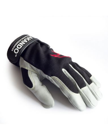 AKANDO ULTIMATE GLOVES BLACK
